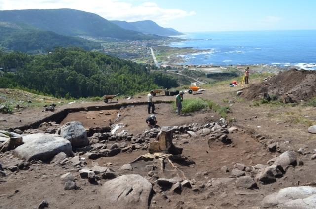 Excavación na Cabeciña Oia, Costa dos Castros