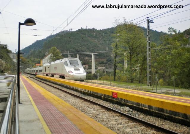 tren estación Os Peares