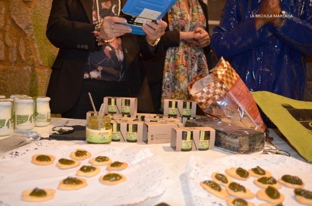 Degustación productos locales tras el gastrodebate de Saborea Padrón. Turismo gastronómico